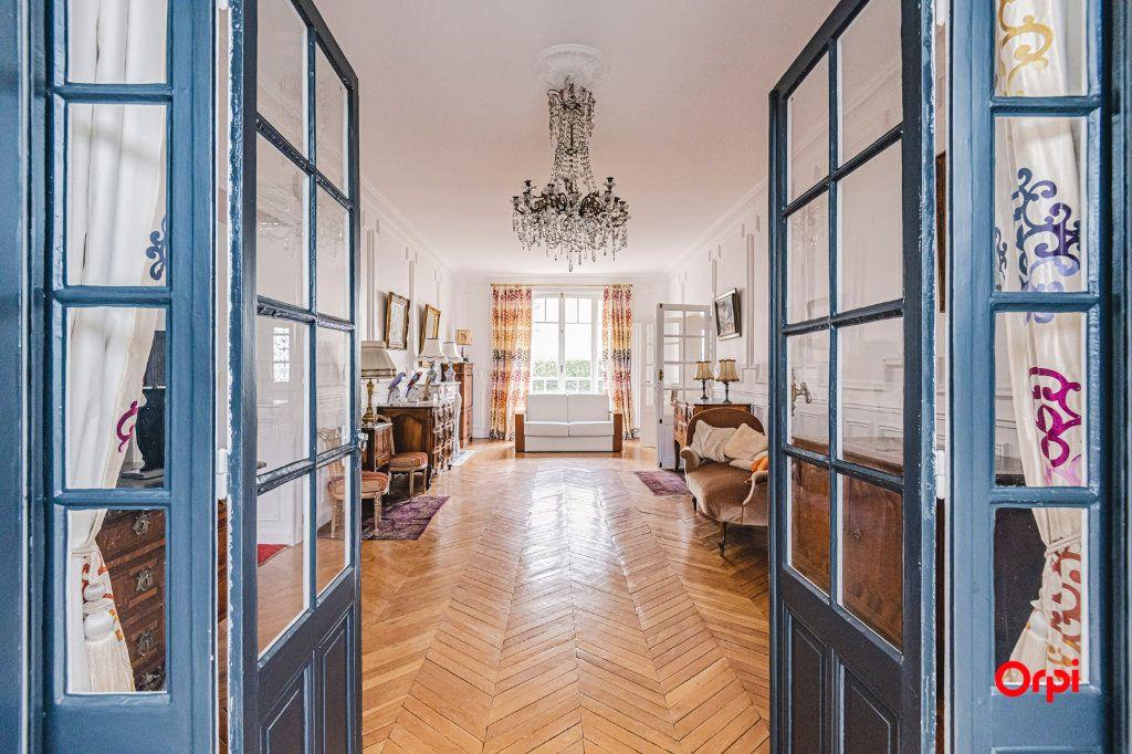 Maison à vendre 9 252m2 à Reims vignette-2