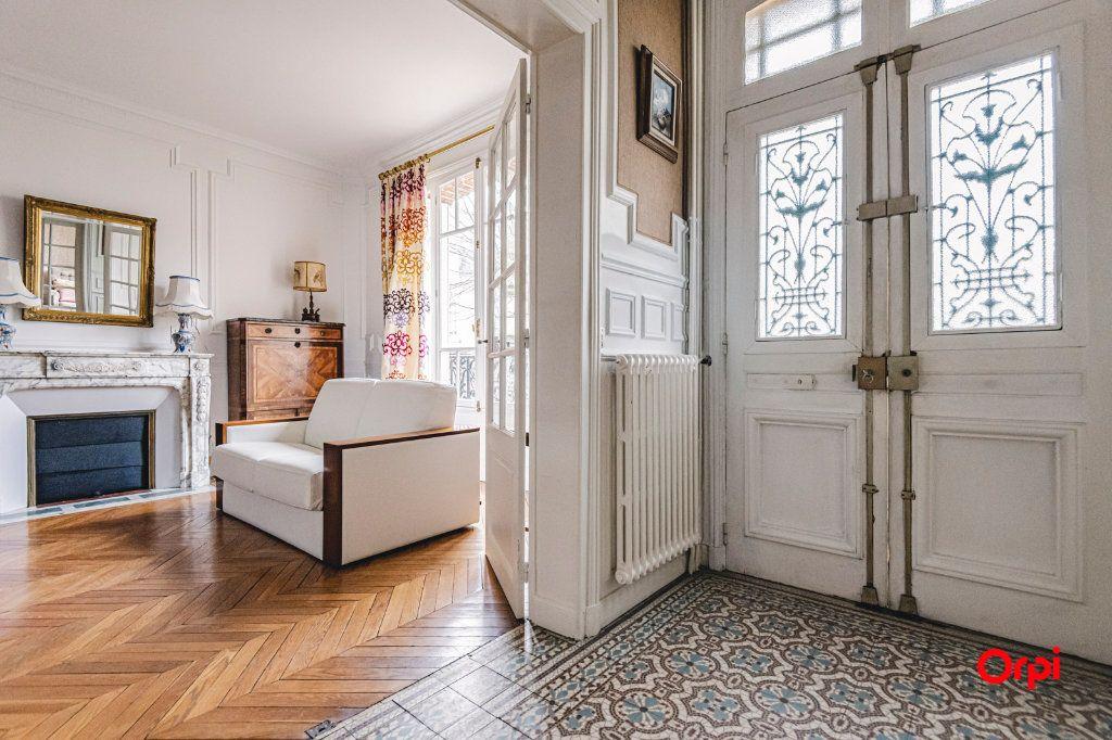 Maison à vendre 9 252m2 à Reims vignette-7