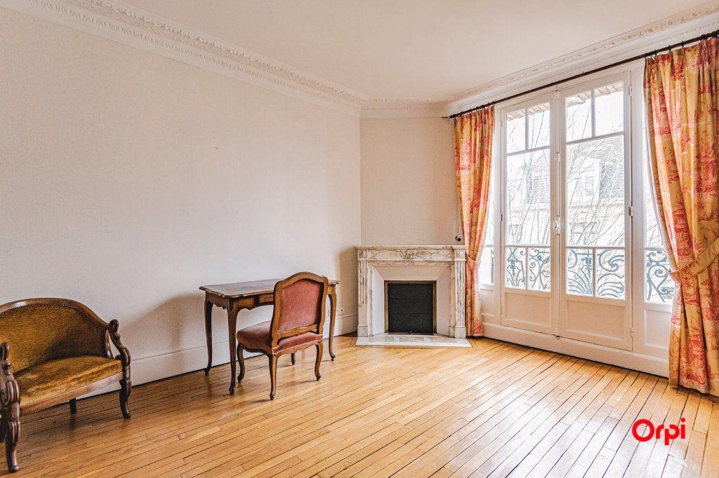 Maison à vendre 9 252m2 à Reims vignette-8