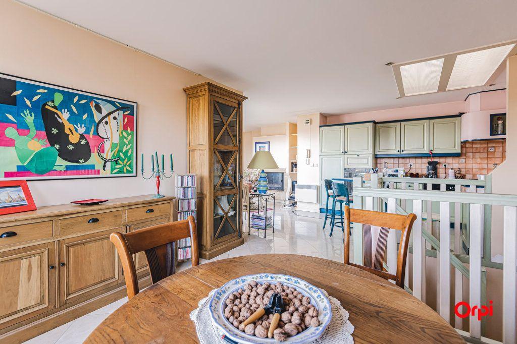 Appartement à vendre 3 71.7m2 à Reims vignette-2