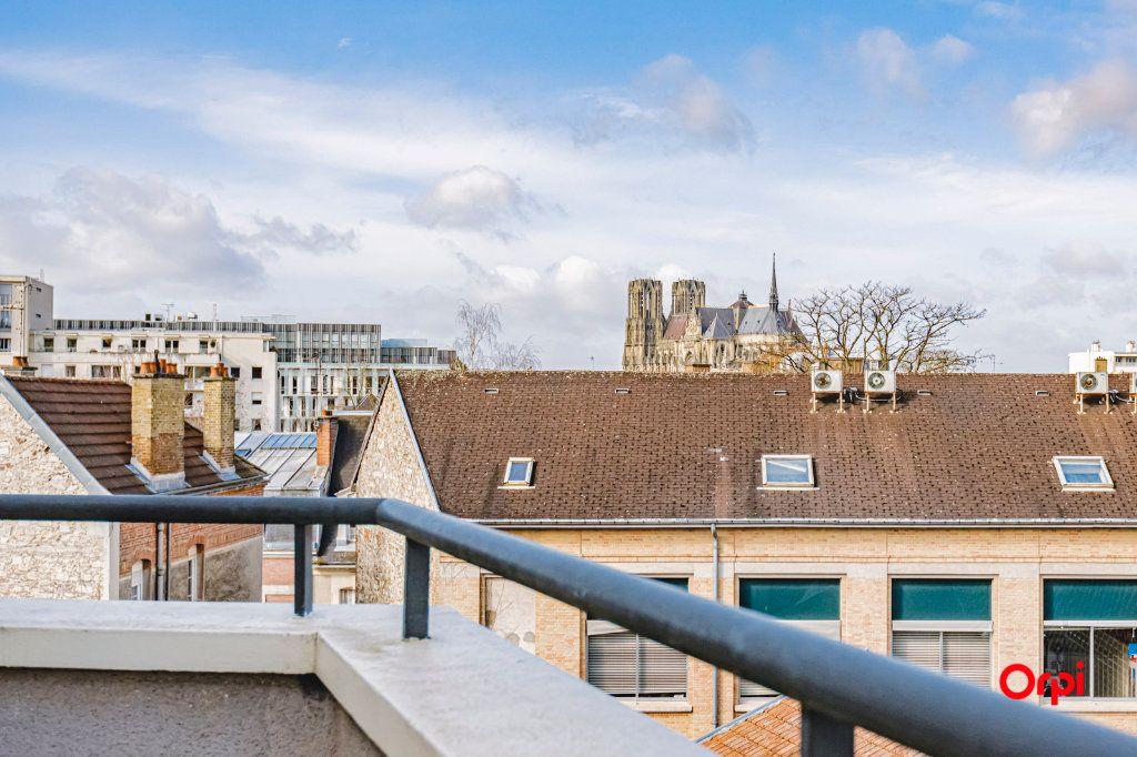 Appartement à vendre 3 71.7m2 à Reims vignette-4