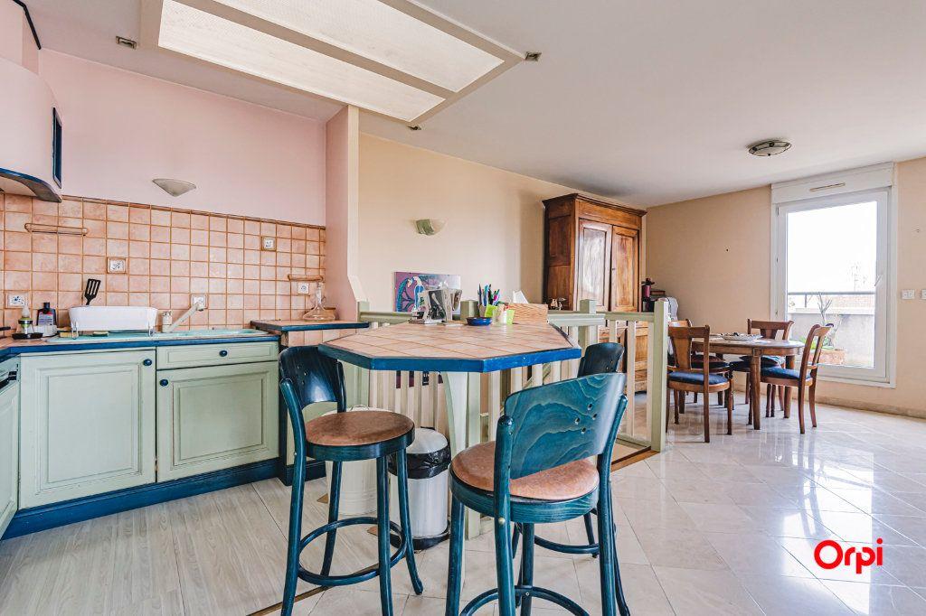 Appartement à vendre 3 71.7m2 à Reims vignette-7