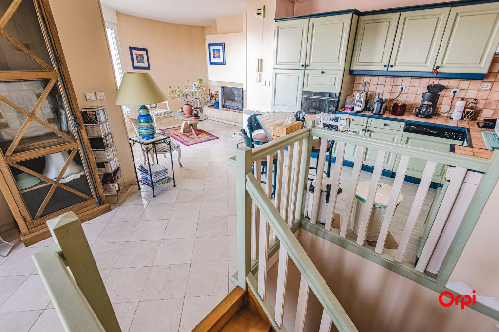 Appartement à vendre 3 71.7m2 à Reims vignette-9