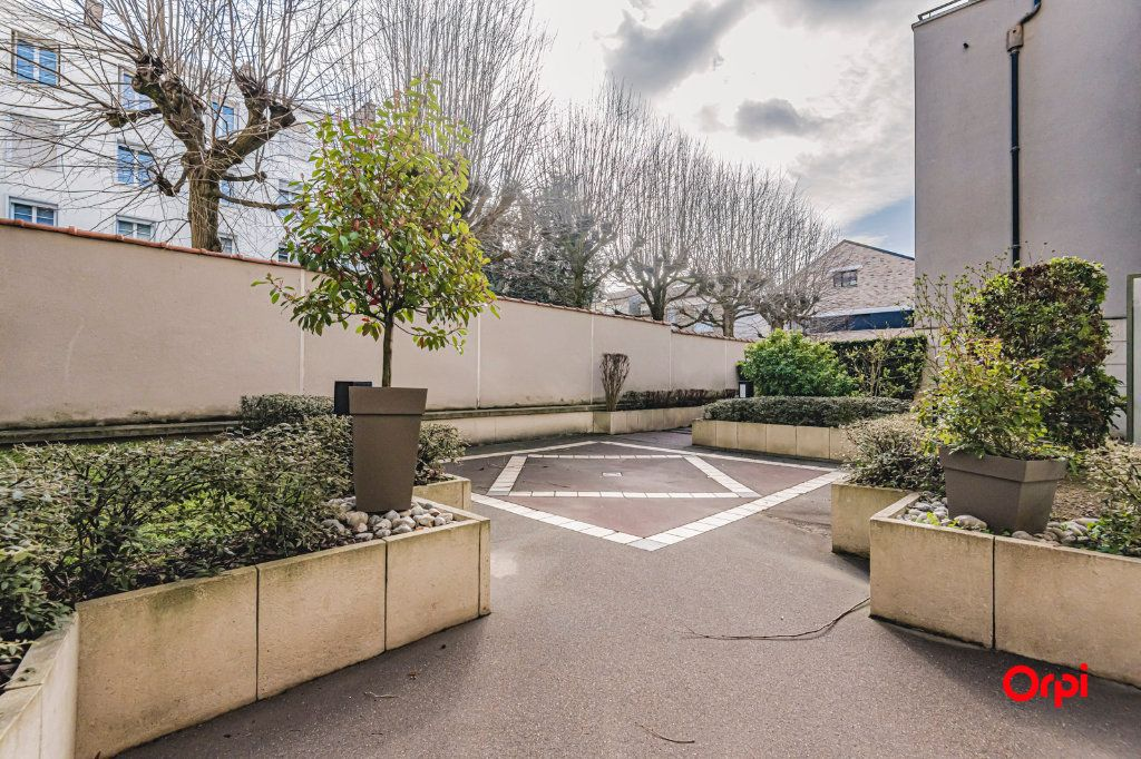 Appartement à vendre 3 71.7m2 à Reims vignette-16