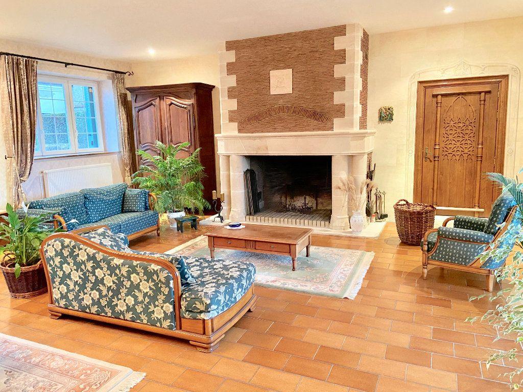 Maison à vendre 11 379.73m2 à Arcis-le-Ponsart vignette-3