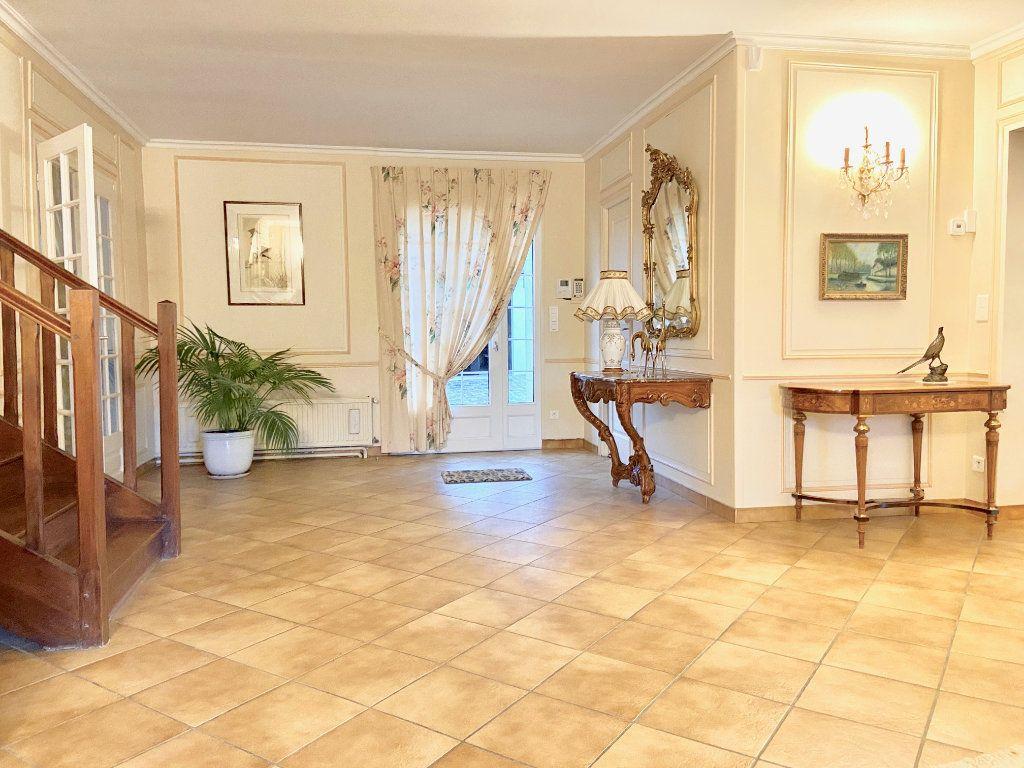 Maison à vendre 11 379.73m2 à Arcis-le-Ponsart vignette-5