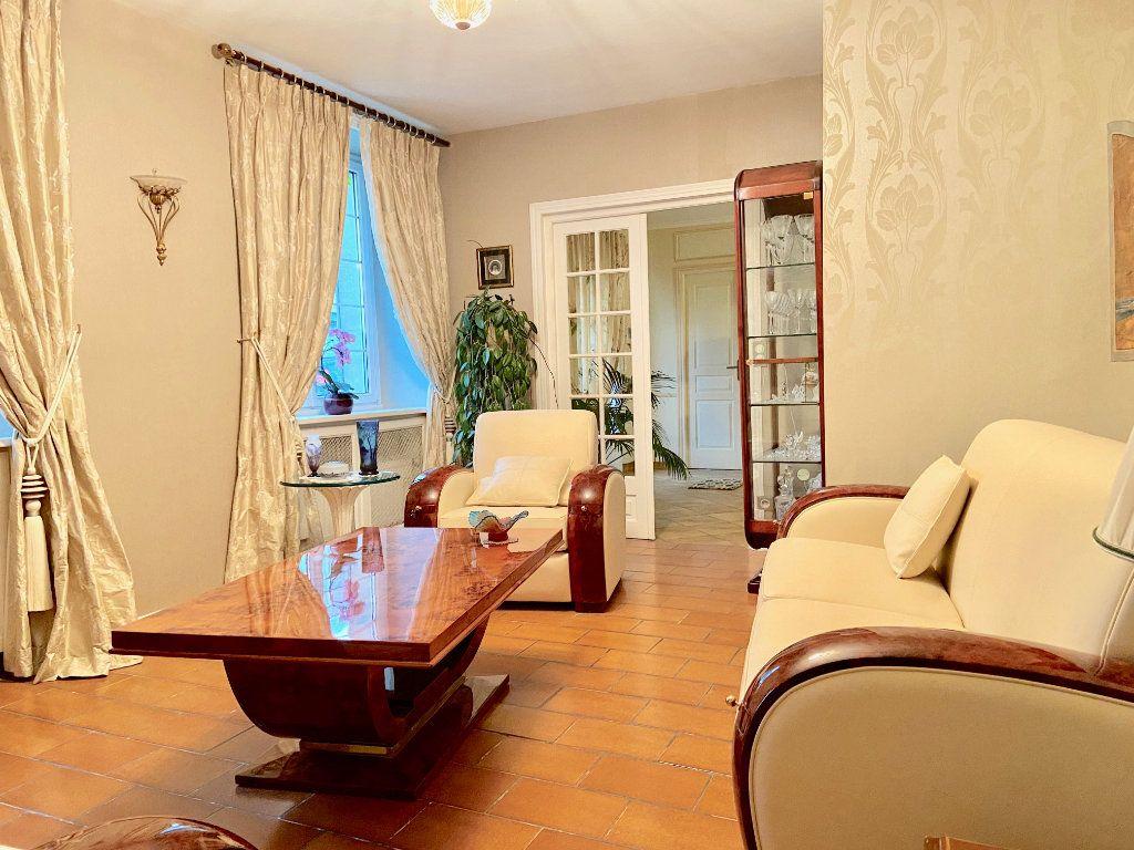 Maison à vendre 11 379.73m2 à Arcis-le-Ponsart vignette-6