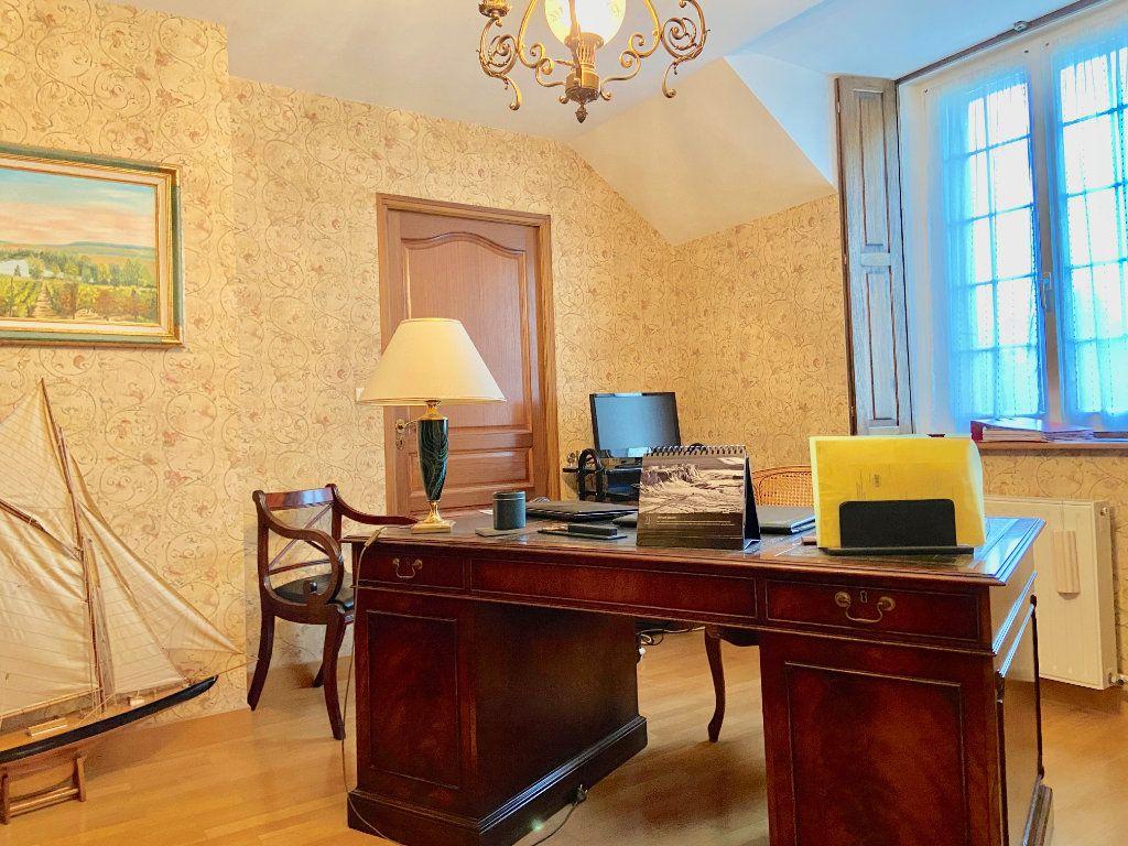 Maison à vendre 11 379.73m2 à Arcis-le-Ponsart vignette-11