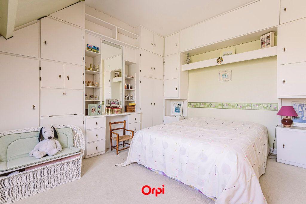 Maison à vendre 4 107.7m2 à Reims vignette-5