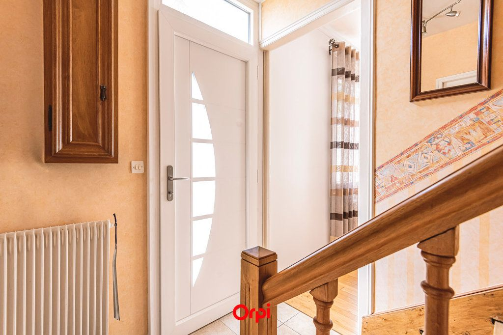 Maison à vendre 4 107.7m2 à Reims vignette-8