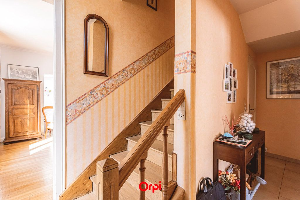 Maison à vendre 4 107.7m2 à Reims vignette-9