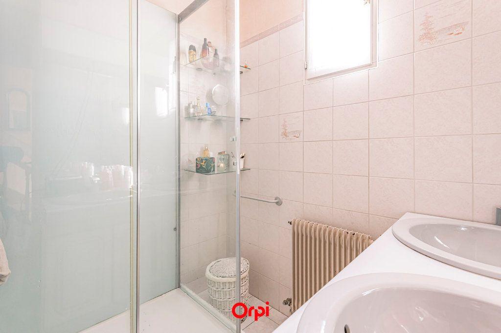 Maison à vendre 4 107.7m2 à Reims vignette-16
