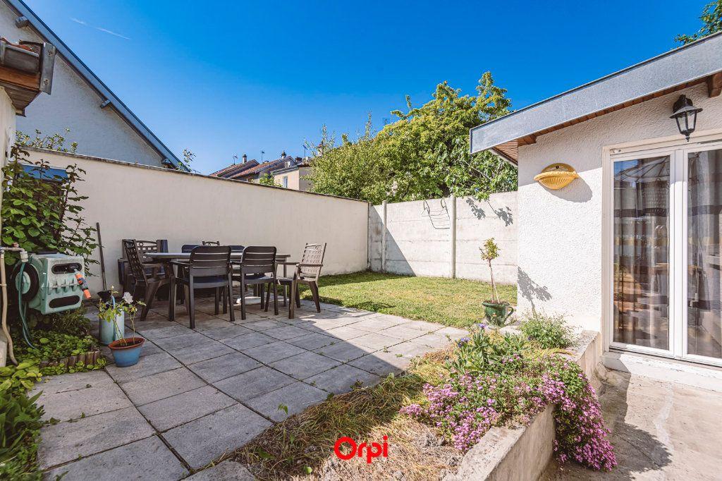 Maison à vendre 4 107.7m2 à Reims vignette-17