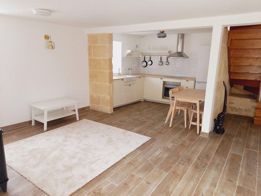 Maison à louer 3 64m2 à Rosnay vignette-3