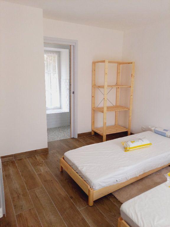 Maison à louer 3 64m2 à Rosnay vignette-8