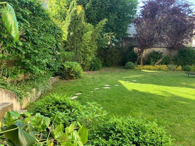 Maison à vendre 12 405.89m2 à Reims vignette-1