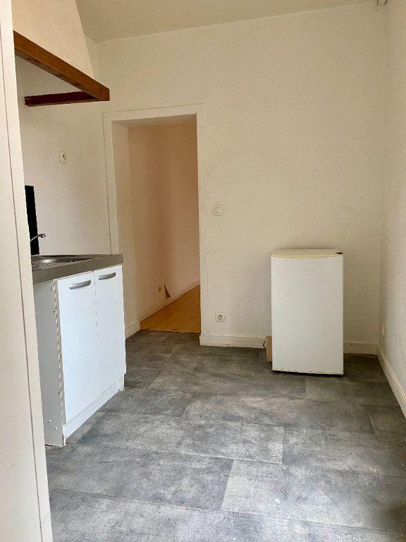 Appartement à vendre 1 27.4m2 à Reims vignette-3