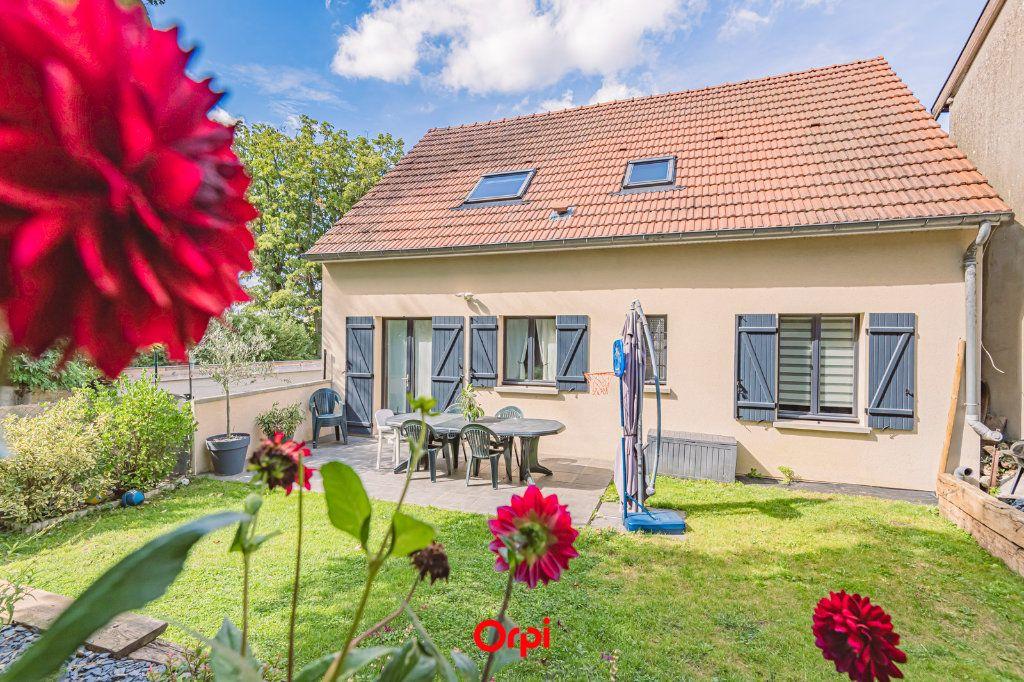 Maison à vendre 7 125m2 à Villers-Allerand vignette-1