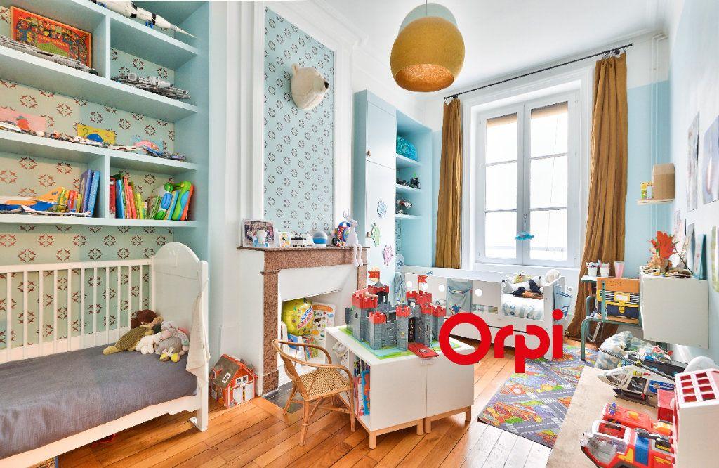 Appartement à vendre 3 91.14m2 à Lyon 2 vignette-6
