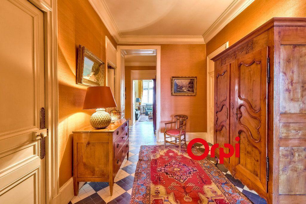 Appartement à vendre 5 145.5m2 à Lyon 2 vignette-3