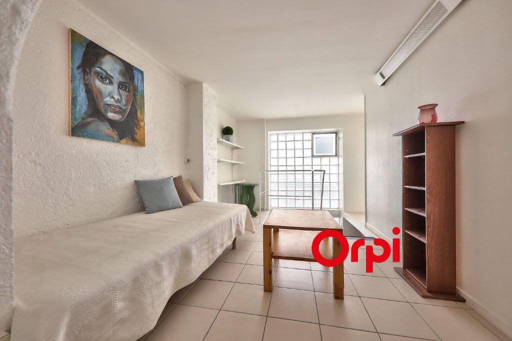 Appartement à vendre 2 23.1m2 à Lyon 2 vignette-6
