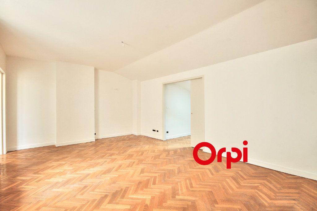 Appartement à vendre 3 62.41m2 à Lyon 2 vignette-5