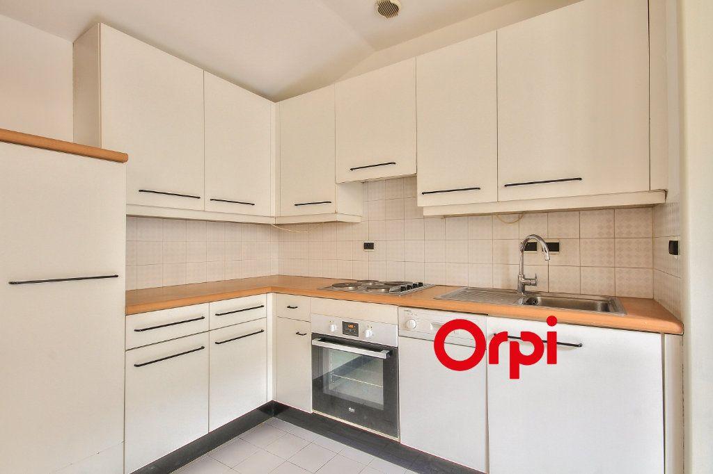 Appartement à vendre 3 62.41m2 à Lyon 2 vignette-6