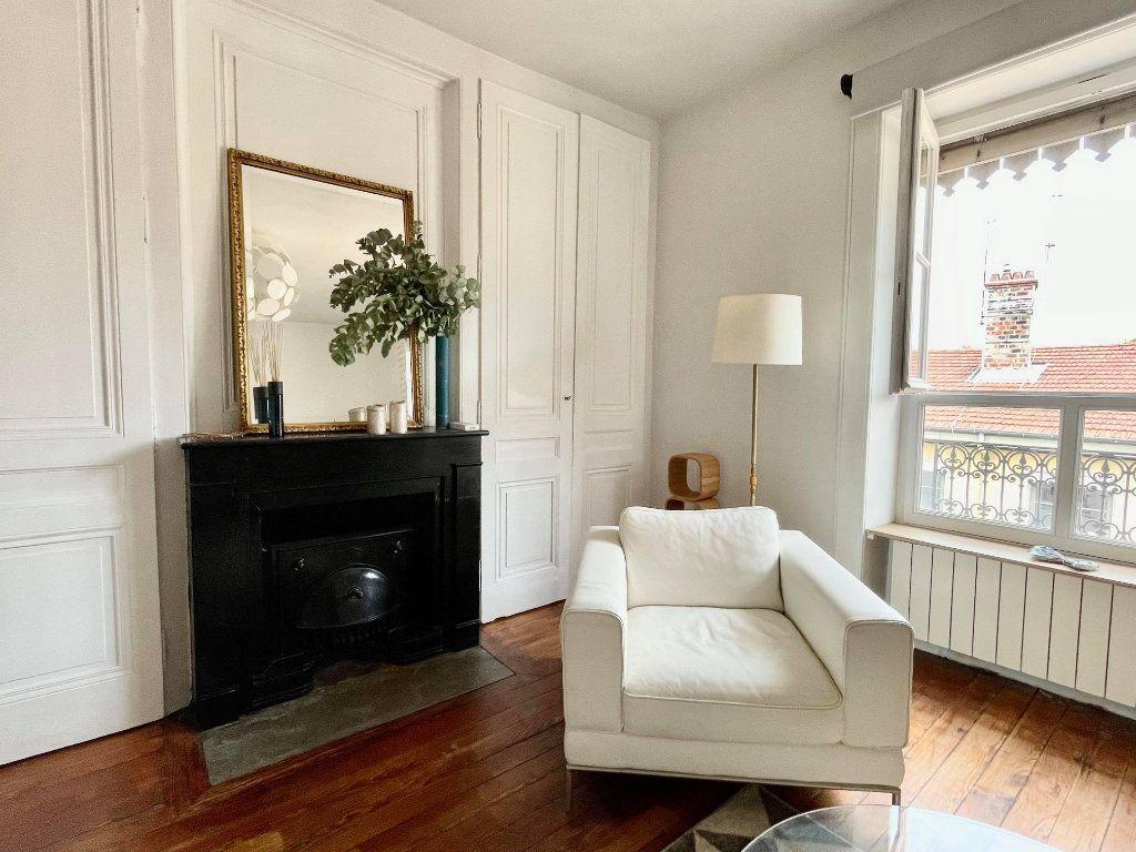 Appartement à louer 2 44m2 à Lyon 5 vignette-1