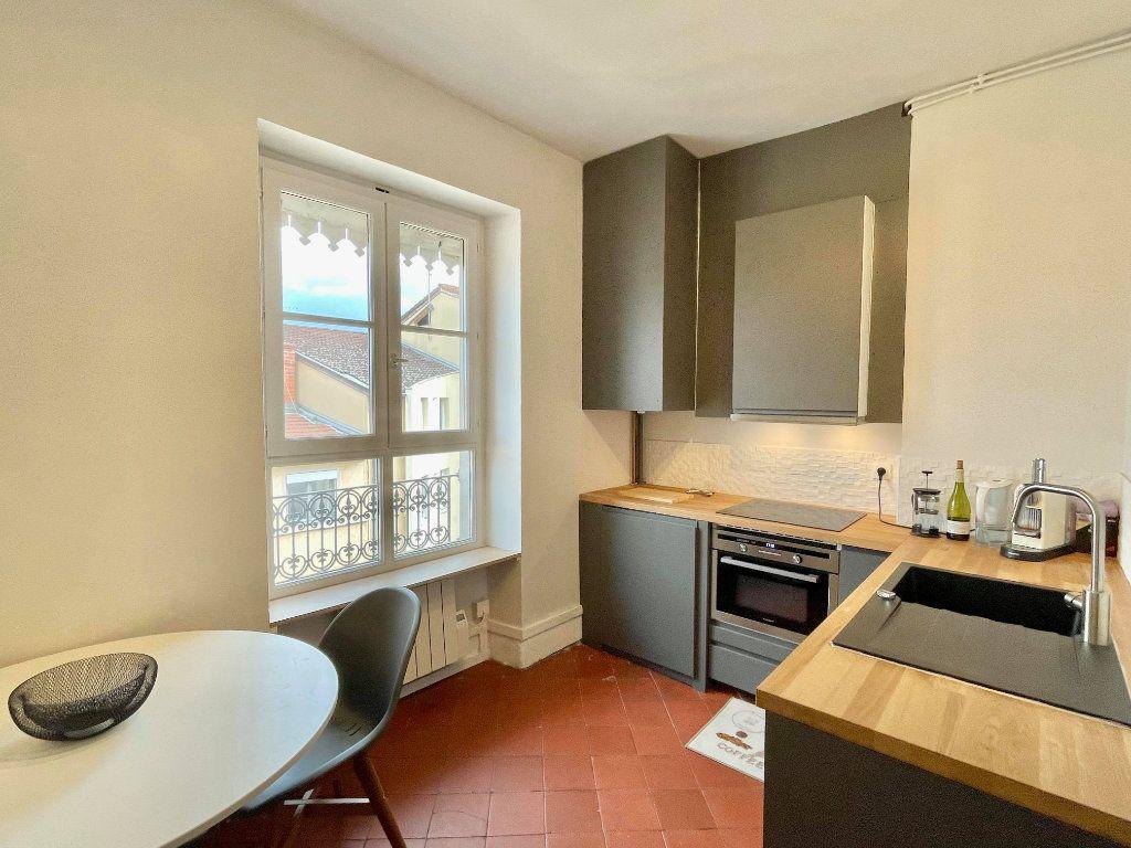 Appartement à louer 2 44m2 à Lyon 5 vignette-3