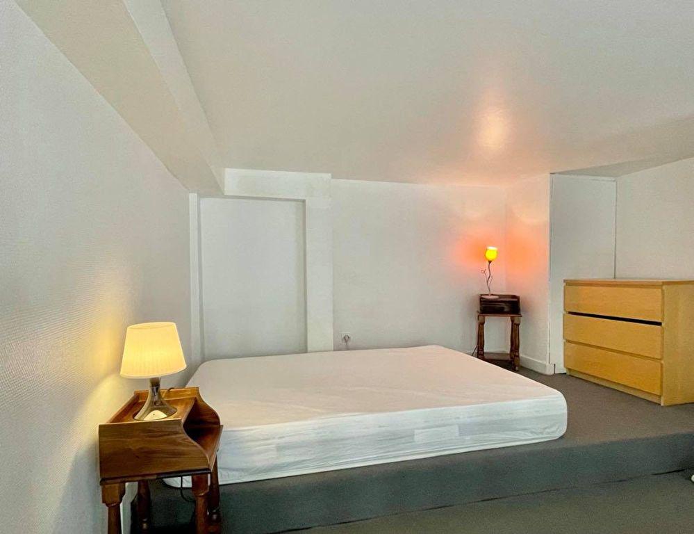 Appartement à louer 1 36m2 à Lyon 2 vignette-4