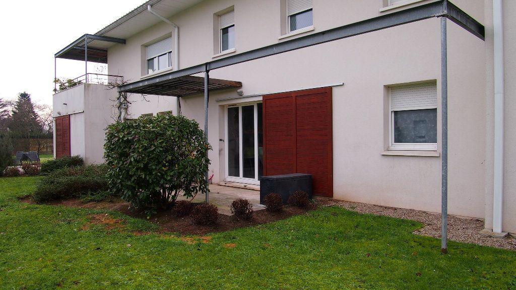 Appartement à vendre 2 46m2 à Saint-Loubès vignette-1