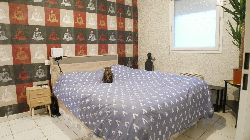 Appartement à vendre 2 46m2 à Saint-Loubès vignette-7