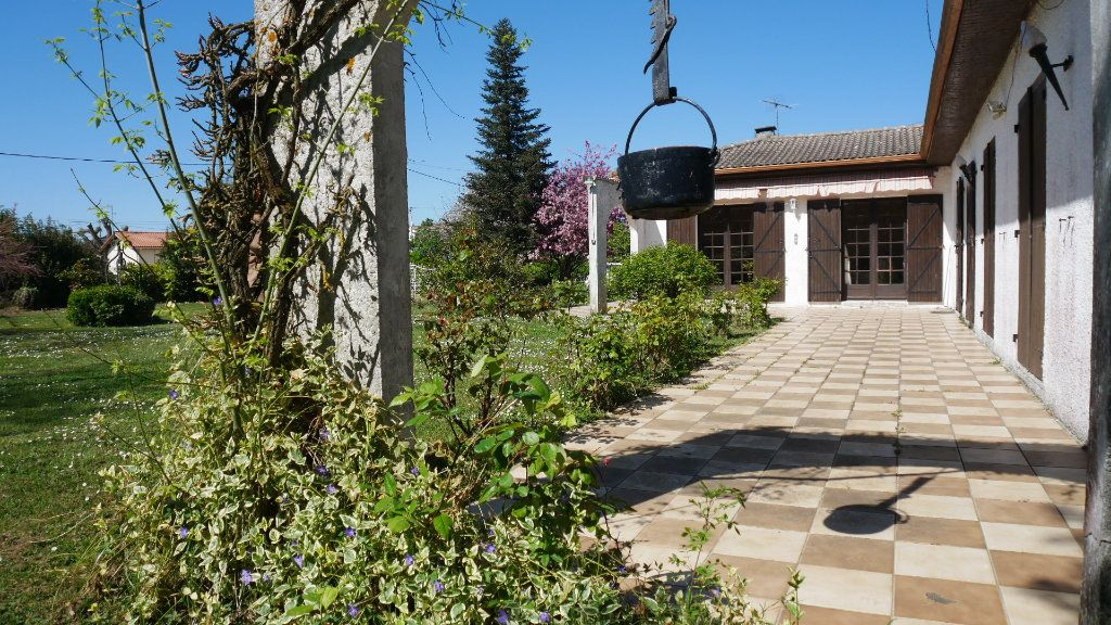 Maison à vendre 5 129m2 à Saint-Loubès vignette-7