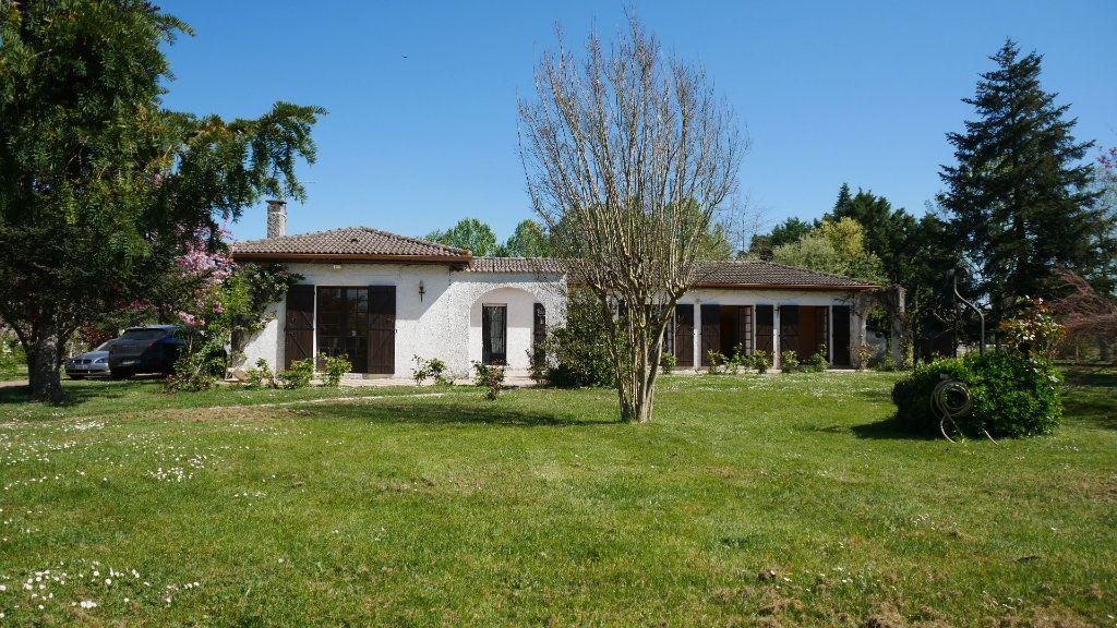 Maison à vendre 5 129m2 à Saint-Loubès vignette-8