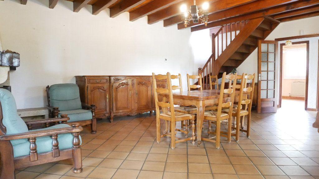 Maison à vendre 7 150m2 à Beychac-et-Caillau vignette-3