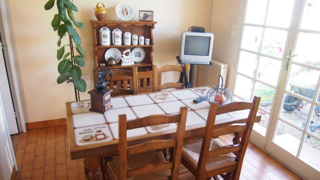Maison à vendre 4 100m2 à Izon vignette-3