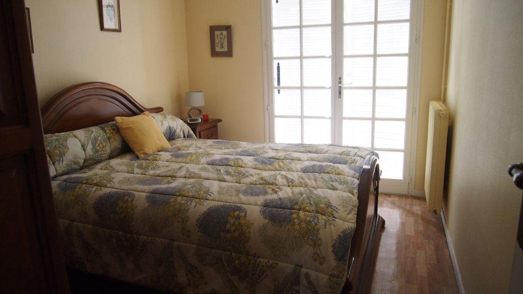 Maison à vendre 4 100m2 à Izon vignette-5
