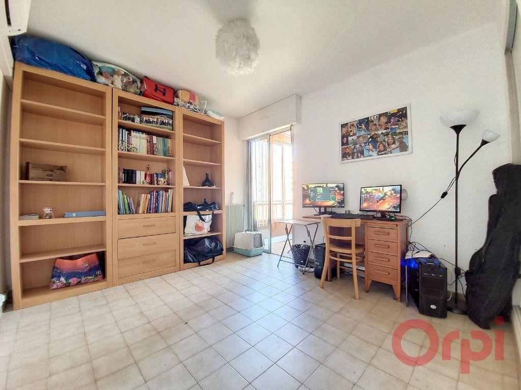 Appartement à vendre 4 90m2 à Ajaccio vignette-8
