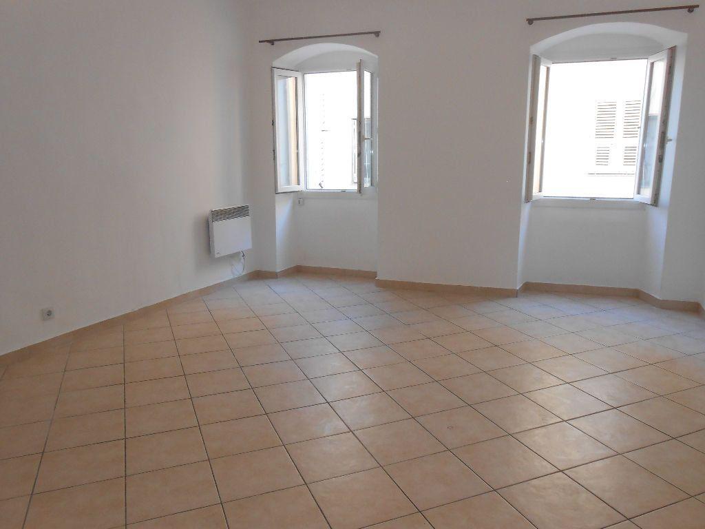 Appartement à louer 2 40m2 à Ajaccio vignette-2