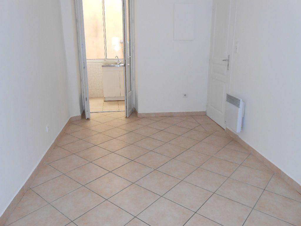 Appartement à louer 2 40m2 à Ajaccio vignette-4