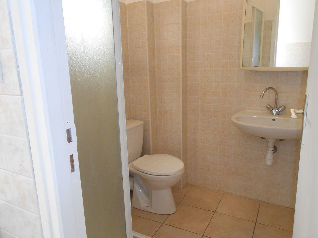 Appartement à louer 2 40m2 à Ajaccio vignette-6