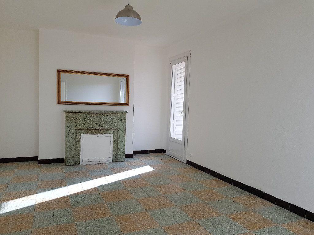 Appartement à louer 3 66m2 à Ajaccio vignette-1