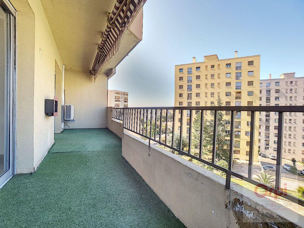 Appartement à louer 3 74m2 à Ajaccio vignette-7