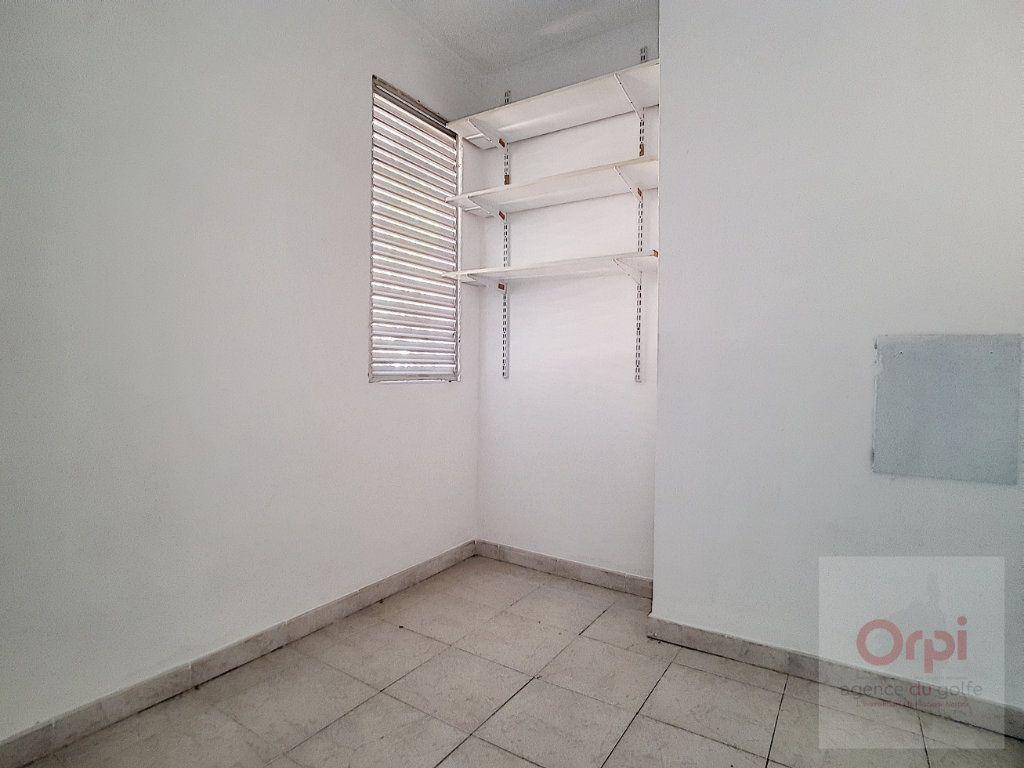 Appartement à vendre 3 65.33m2 à Ajaccio vignette-4