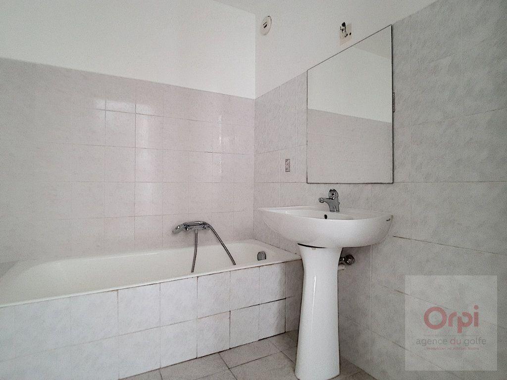 Appartement à vendre 3 65.33m2 à Ajaccio vignette-8