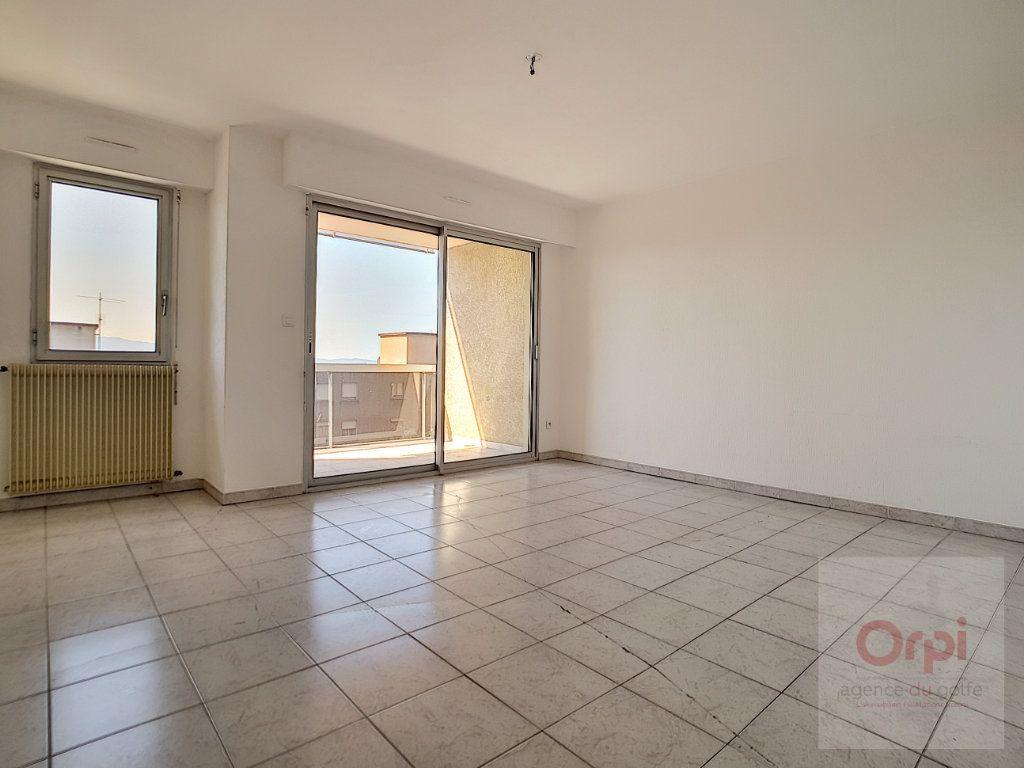 Appartement à vendre 3 65.33m2 à Ajaccio vignette-9