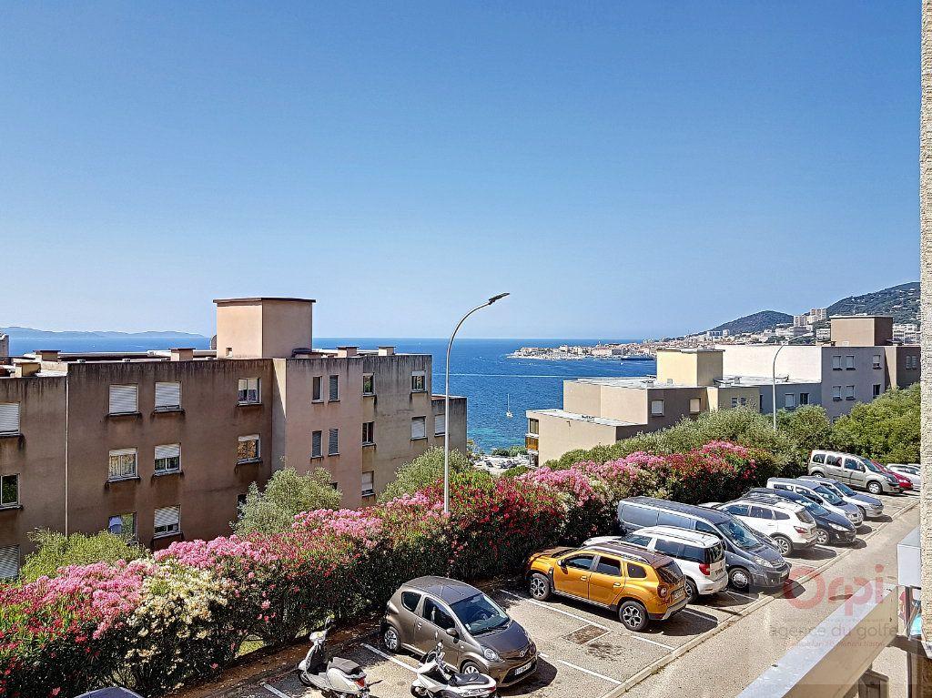 Appartement à vendre 3 65.33m2 à Ajaccio vignette-11