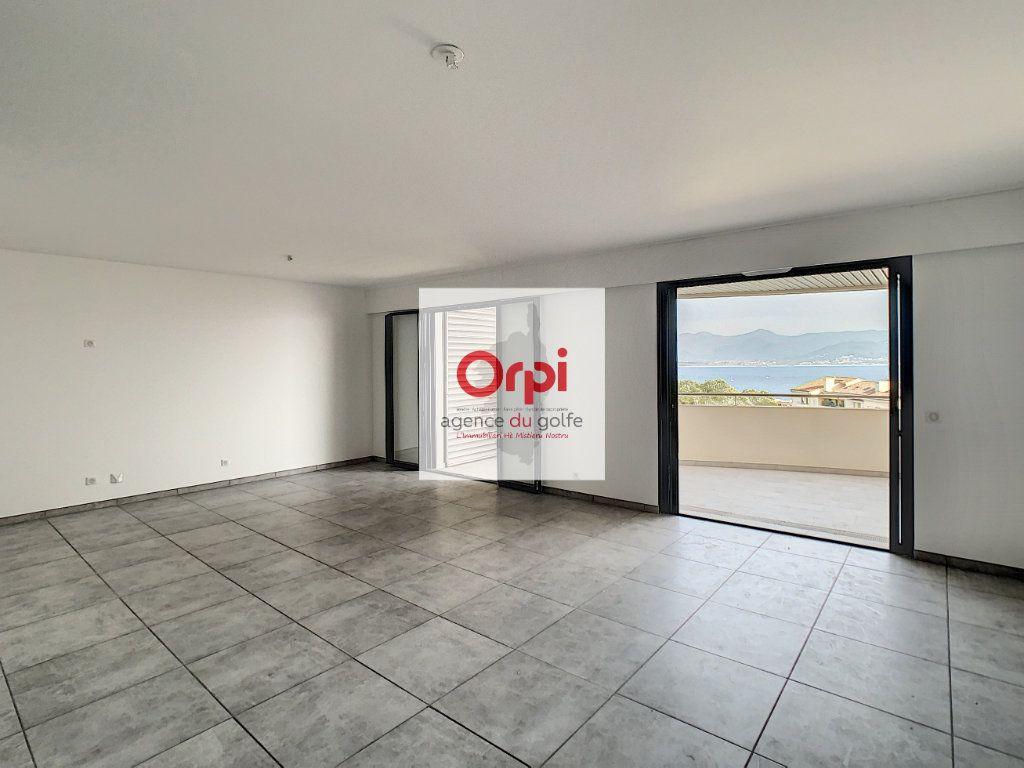 Appartement à vendre 3 97m2 à Ajaccio vignette-4