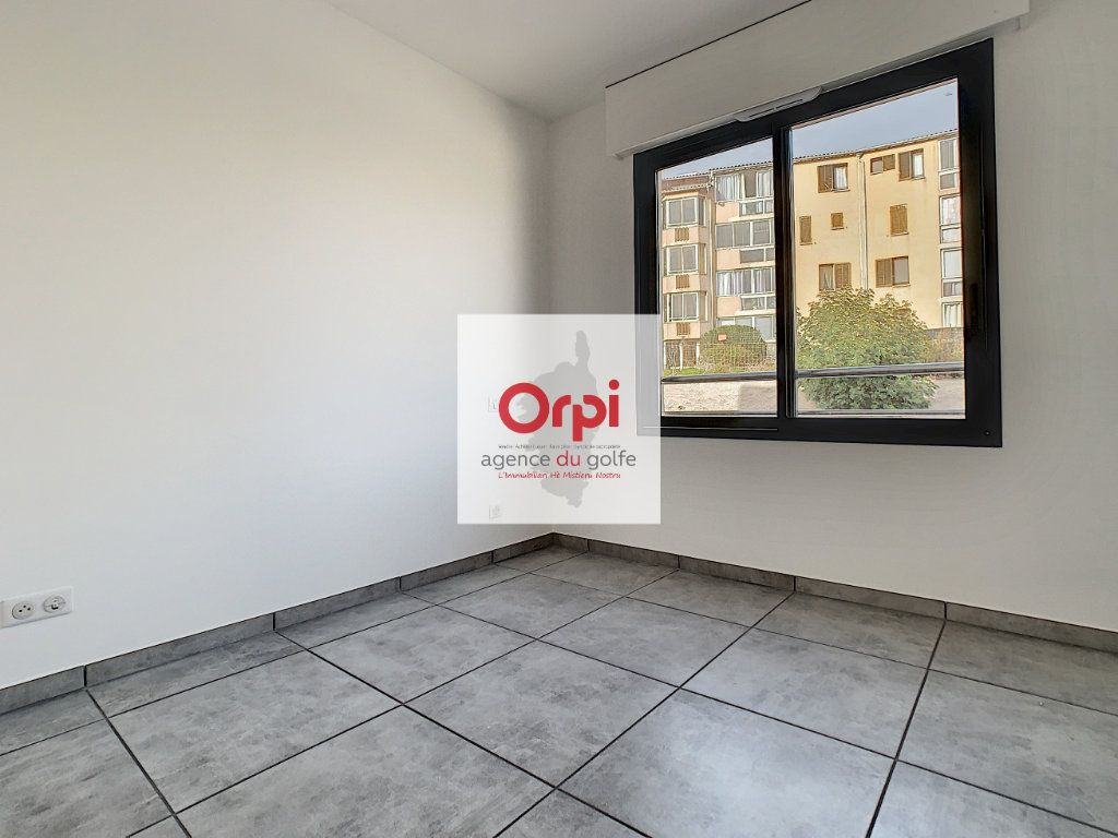 Appartement à vendre 3 97m2 à Ajaccio vignette-6