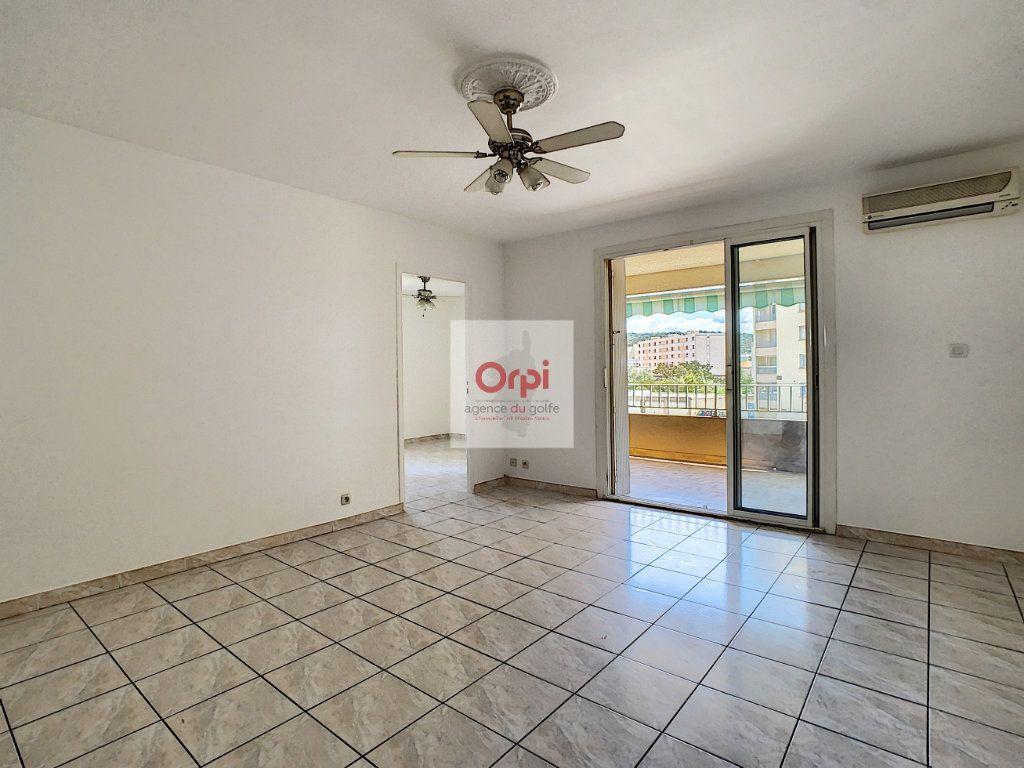 Appartement à vendre 4 84m2 à Ajaccio vignette-3